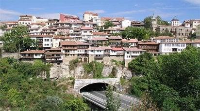 Община Велико Търново създава свой фонд Ин витро