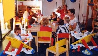 Децата по-дълго в детските ясли