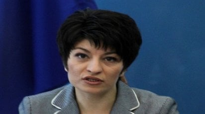 Министър Атанасова откри реновирано отделение по физиотерапия