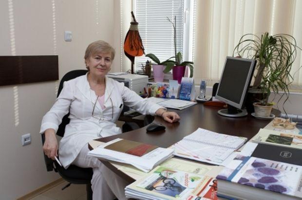 Доц. д-р Валерия Калева, д.м.