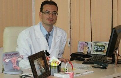 д-р Баев